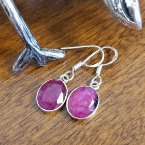 Jewelry - Ruby and sterling silver earrings oval